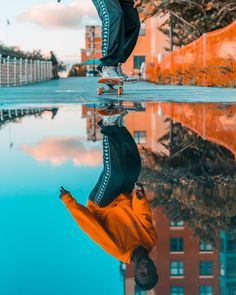 ITAP of a guy skateboarding and his reflection. Perspective Photography, Photography Poses For Men, Creative Photography, Portrait Photography, Skateboard Pictures, Photoshoot Pics, Skateboard Design, Skater Girls, Jolie Photo