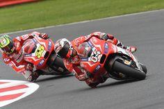 Andrea Dovizioso - превосходный пилот Ducati, его выбор - мотошлемы Suomy!