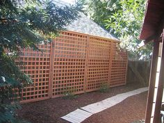 Pictures of Square lattice privacy screen from Atlanta Decking and Cheap Privacy Fence, Privacy Fence Designs, Garden Privacy, Privacy Panels, Garden Fencing, Diy Fence, Trellis Fence, Lattice Fence, Japanese Garden Ornaments