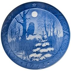 """""""Royal Copenhagen Christmas Plate 1974 :: Snow Owl in the Moonlight :: Blue and White China #home"""""""