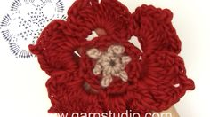 In this DROPS video we show you how to crochet a Christmas flower.  REMEMBER - you will also need to read the pattern to be able to follow.  To see the pattern:…