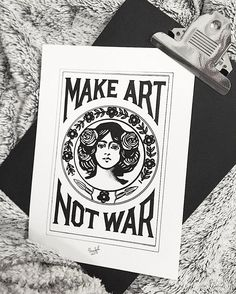 [ Evening ] • Pour me contacter lildotart@gmail.com, sur Etsy (lien direct dans ma Bio), ou encore sur Facebook • #love #draw #drawing #inkonpaper #instadraw #instaart #art #artdrawing #artstagram #dot #dotwork #linework #dotlines #blackwork #tattoo #doodle #sketch #sketchbook #illustration #blackandwhite #lifestyle #lildotart #annabellejsc