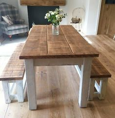 Diy Dining Room Table, Kitchen Table Bench, Table Cafe, Farmhouse Kitchen Tables, Kitchen Dining Sets, White Kitchen Tables, Rustic Dining Rooms, Painted Kitchen Tables, Wooden Kitchen