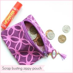 Looks super quick and easy.  How to sew a small zipper pouch using scraps scrap busting zipper case