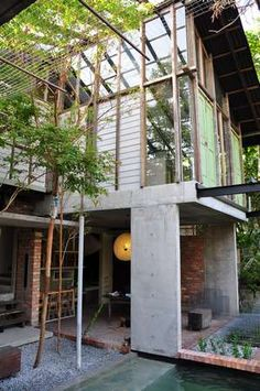 In the beginning, our main source of inspiration was Seksan's Sekeping Tenggiri. We love the curious mix of low-key, modern elements and recycled doors and windows. The zen and simplicity this house exudes.