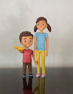 Say hello, to our new Caleb and Sophia toy figurines. Lovingly made and hand-painted. Each figurine is fully moveable and comes packed in a protective velvet pouch to keep them safe whenever Caleb and. Caleb Und Sophia, Caleb Y Sofia, Jw Pioneer, Funny Giraffe, Jw Gifts, Jehovah's Witnesses, Cold Porcelain, Say Hello, Worship Ideas