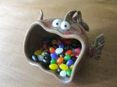 Inspiration for a functional art project: Clay Monster click the image or link for more info. Ceramic Clay, Ceramic Pottery, Pottery Art, Pottery Ideas, Slab Pottery, Thrown Pottery, Pottery Studio, Ceramic Bowls, Porcelain Ceramic