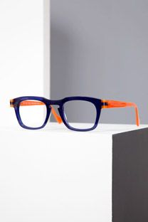 Anne et Valentin Collection Life Plan, Eye Glasses, Eyewear, Frames, How To Plan, Sunglasses, Design, Collection, Chic
