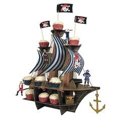 Muffinständer als Piratenschiff von MeriMeri. Tolles Highlight für die Tischdekoration für den Kindergeburtstag eines wilden Piraten.  Maße, Schiff aufgebaut: ca. 48,2 x 30,5 x 58,4 cm. www.mygreatparty.de