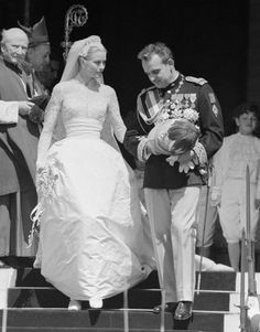 Grace Kelly and Prince Rainier of Monaco in 1956. Kelly wore a gown by MGM…