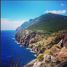 Capraia - Ora punta tutto sul turismo naturalistico: ha un parco marino protetto dove fare immersioni e numerosi percorsi di trekking per chi invece preferisce le camminate alle nuotate (foto da Instagram). Corriere.it