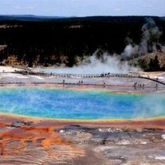 Parque Nacional de Yellostone (EEUU): Es el Parque Nacional más antiguo del mundo.