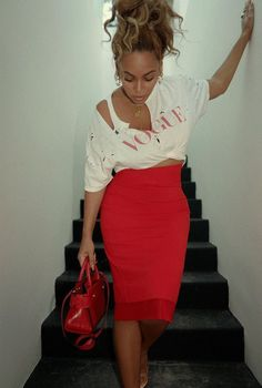 """MUST BUYS: 5 High Waisted Skirts To Buy To """"Get The Look"""" high waisted skirts outfit, high waisted skirts pencil, beyonce street, beyonce street style, be Skirt Outfits, Casual Outfits, Cute Outfits, Fashion Outfits, Womens Fashion, Casual Wear, Estilo Beyonce, Beyonce Style, Beyonce Body"""