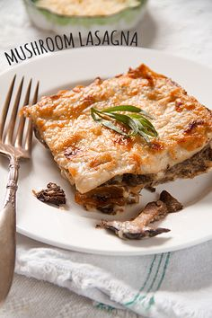 Mushroom Lasagna with Gorgonzola Sauce - an elaborate and elegant pasta dish that can be made ahead of time and baked just in time for that dinner party. | @sippitysup.com
