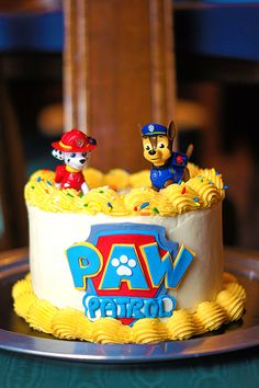 This cake was so much fun! Every year, I bake a cake for my nephew's birthday. He's turning five this year, so he's actually having two parties - one for family Paw Patrol Chase Cake, Paw Patrol Torte, Paw Patrol Cupcakes, Paw Patrol Birthday Cake, 4th Birthday Cakes, Marshall Cake Paw Patrol, Rubble Paw Patrol Cake, Pastel Paw Patrol, Partys
