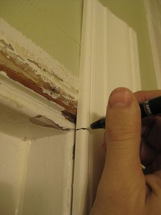 DIY: How to Measure and Cut Trim Molding - excellent post with a brilliant tip - via Young House Love (Diy House Renovations) Bathroom Renovations, Home Remodeling, House Renovations, How To Install Baseboards, Baseboard Trim, Bathroom Baseboard, Young House Love, Trim Work, Home Repairs