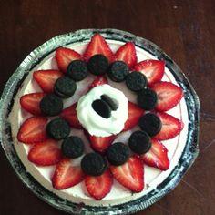 Oreo strawberry dessert... Yum!