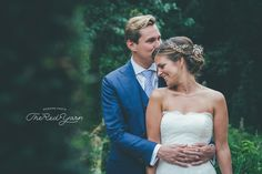 Spontane foto´s van momenten, blikken, emoties. The Red Yarn, internationale trouwfotograaf. Bruidsfotografie Over de hele wereld.