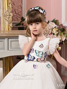 23549acf4b4c594 Империя платьев Alexandrina (@white_sky_dress) • Instagram photos and videos