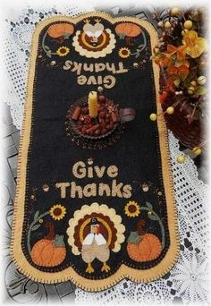 Thanksgiving Penny Rug/Table Runner pdf epattern by pennylaneprims, $4.50