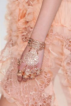 Alexander McQueen hand bling