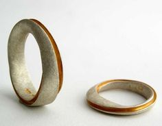 Bands - Spies Design ::: The Jewelry of Klaus Spies and the Moebius / Mobius Ring Jewelry Shop, Custom Jewelry, Jewelry Art, Jewelry Rings, Jewelry Design, Jewellery Earrings, Jewellery Box, Fashion Jewellery, Silver Jewellery