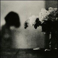 ☾ Midnight Dreams ☽ dreamy dramatic black and white photography - alicja. John Batho, Style Noir, Figure Photo, Light And Shadow, Black And White Photography, The Dreamers, Art Photography, Inspiring Photography, Vintage Photography