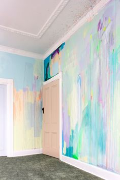 Wallpaper Mural Tricks: How to Choose and Install Art Mural Fashion, Deco Cool, Pastel Room, Interior And Exterior, Interior Design, Bedroom Decor, Wall Decor, Budget Bedroom, Room Colors