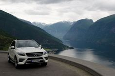 Mercedes-Benz ML 250 in Norway. Photo by Heike Kaufhold / Koelnformat. Fuel consumption combined: 6.5-6.0 l/100km, CO2 emission combined: 170-158 g/km.