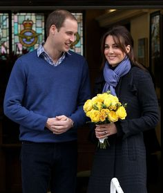 Pin for Later: Kate Middleton's Maternity Style Moments Just Keep Getting Better Kate Middleton Style Kate's bright yellow flowers popped against her dark plaid coat and lavender scarf as she left the hospital following her pregnancy announcement.