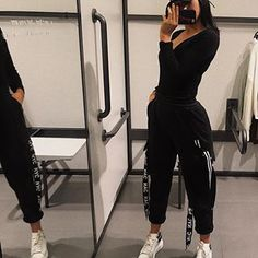 --> ☾ The Effective Pictures We Offer You About sporty outfits for teens A quality pic Cute Sporty Outfits, Clubbing Outfits, Lazy Day Outfits, Chill Outfits, Casual Fall Outfits, Simple Outfits, College Outfits, Look Retro, Hoodie Dress
