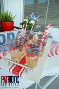 patriotic wood serving tray diy