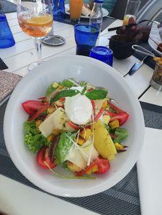salade hôtel st Gilles Ile de la reunion Gilles, Cobb Salad, Food, Salad, Essen, Meals, Yemek, Eten