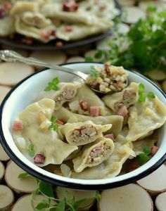 Gotuj z Cukiereczkiem: Pierogi braniewskie Pierogi Recipe, Easter Dishes, Polish Recipes, Polish Food, What To Cook, International Recipes, Group Meals, Food To Make, Good Food