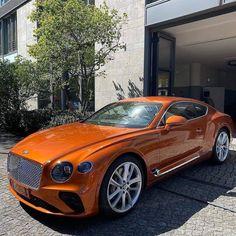 Bentley Continental Gt, Voiture Rolls Royce, Bentley Gt, Cj Jeep, Bentley Motors, Top Luxury Cars, Lux Cars, Fancy Cars, Limousine