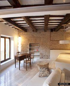 Small Apartment in Rome // Sarah Chimarelli and Giorgio Opolka
