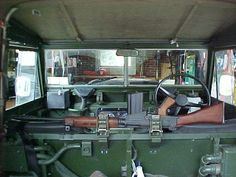 No airbag? Not a big problem Land Rover Series 3, Land Rover Defender 110, Off Roaders, Range Rover Supercharged, Off Road Trailer, Range Rover Classic, Military Photos, Land Rovers, Defenders
