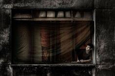 In a window by Julio Bittencourt