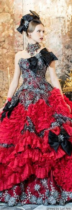 Someone needs to have a Christmas ball..... So I can wear an amazing dress like this. Because let's face it, every girl deep down wants to look like a princess.