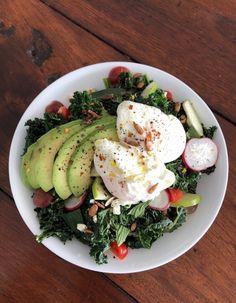 A la rentrée, le Paddo Café proposera un peu d'Australie à la Treille Caprese Salad, Avocado Toast, Breakfast, Food, Australia, New Life, Morning Coffee, Essen, Meals