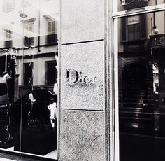 Image about love in Dior✨🌸 by tato on We Heart It Gray Aesthetic, Classy Aesthetic, Luxury Rooms, Luxury Shop, Versace Store, Fashion Brand, Luxury Fashion, High Fashion, Shop Till You Drop