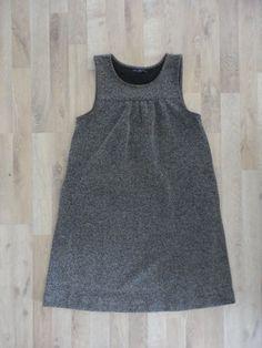 Vestido de tejido tweed negro y blanco #gap #PocoUso #ModaSustentable. Compra esta prenda en www.saveweb.com.ar!