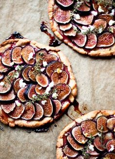 Fig Tartlets with Herbs + Honey [RECIPE]
