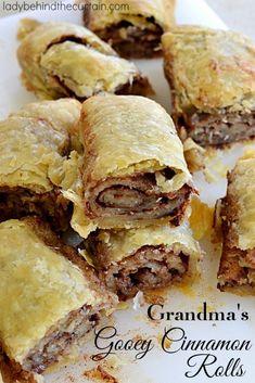Grandma's Gooey Cinnamon Rolls |  These old fashioned cinnamon rolls are just like my grandma used to make.