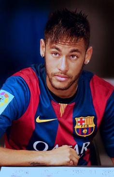 neymar, neymar jr, and neymarjr image Neymar Jr, Fc Barcelona, Barcelona Football, Best Football Players, Soccer Players, Barca Team, Lionel Messi, Cute Guys, My Idol