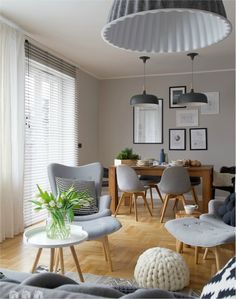 living room 296463587965164371 - La maison de Beata par Shoko Design – PLANETE DECO a homes world Source by lillyrosed Home Living Room, Apartment Living, Living Room Decor, Dining Room, Kitchen Dining, Interior Design Living Room Warm, Living Room Designs, Home Decor, Tiny Living