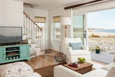 Cottage home decor ideas cottage home rooms living room scheme decoration medium size shabby chic modern living room beach house decor decorating ideas Cottage Living Rooms, Shabby Chic Living Room, Cottage Homes, House Rooms, Living Room Decor, Cottage Bedrooms, Style Joanna Gaines, Living Room Mirrors, Wall Mirrors