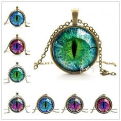 Cat Eye Necklace  Now available on Thecatfan.com (clickable link in my Bio)  #cateye #cat #catnecklace #catjewelry #catstuff #catlover