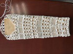 Fabulous Crochet a Little Black Crochet Dress Ideas. Georgeous Crochet a Little Black Crochet Dress Ideas. Diy Crochet Cardigan, Gilet Crochet, Black Crochet Dress, Crochet Lace, Crochet Stitches, Diy Crafts Crochet, Crochet Projects, Crochet Slippers, Crochet Dresses