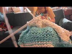 See How She Knitted this Cozy Giant Blanket with PVC Pipes - DIY & Crafts